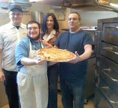 needs pizza new kosher pizza parlor employs people with special needs jewish