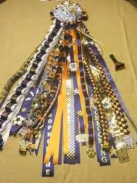 homecoming garter ideas how to make homecoming mums tips and tricks