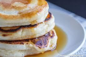 recette pancakes hervé cuisine recette de pancakes épais et très moelleux