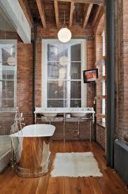 deco bois brut idée déco salle de bain bois 40 espaces cosy et chics qui en