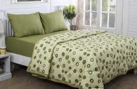 cotton vs linen sheets what s the difference between a quilt and blanket duvet and