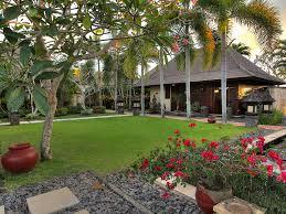 17 indah manis lawn jpg