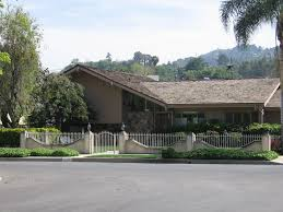 The Brady Bunch House Floor Plan Here U0027s The Story Of The House Behind U0027brady Bunch U0027 Home Garden