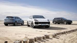 2018 porsche cayenne turbo puts other performance suvs on notice