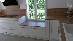 cuisine basse pose d une cuisine contemporaine en mélaminé frêne blanc et bois