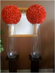 Eiffel Tower Vase With Flowers Rentals For Weddings Wedding Floral Arrangements