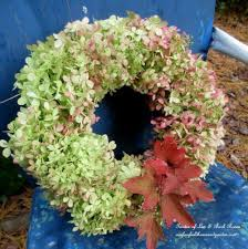 Fall Wreaths Your Quick Catalog Of Gorgeous Fall Wreath Ideas Hometalk