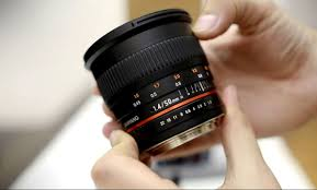samyang 50mm f 1 4 as umc lens review with samples full frame and