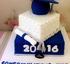 graduation cakes graduation cake blue theme