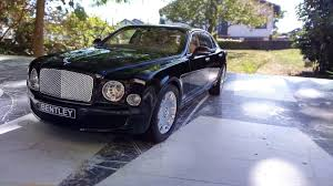 bentley mulsanne black bentley mulsanne black 1 18 minichamps youtube