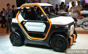 honda micro commuter concept car tokyo 2015 honda mbev concept slot in novelty