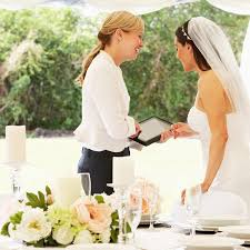 wedding designer difference between wedding planner wedding coordinator and