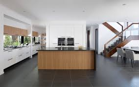 compare the elegant vantage home design by metricon