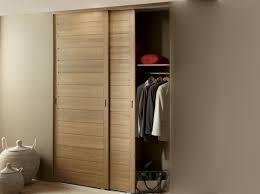 porte placard chambre portes de placard coulissantes en bois patcha