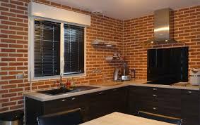 cuisine brique cuisine brique idées de décoration capreol us