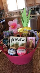 themed gift basket hawaii themed 21st birthday gift basket bath bombs pineapple