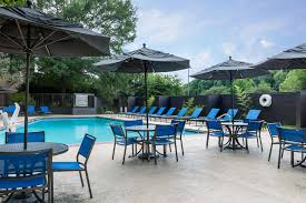Hotels Near Six Flags White Water Hotels In Sandy Springs Ga Wyndham Atlanta Galleria Cobb