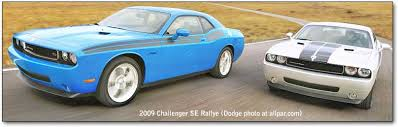 dodge challenger se vs sxt 2008 2010 dodge challenger srt8 and 2009 11 challenger r t and se
