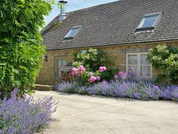 English Country Cottages Bruern Holiday Cottages Cope Ref Ukc1145 In Bruern Near