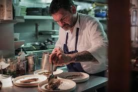 la cuisine a quatre mains des chefs réfugiés aux fourneaux de restaurants parisiens culture