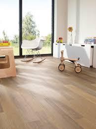 Bleached Laminate Flooring Rt11 Bleached Oak Natural Wood Luxury Vinyl Flooring From J2