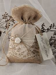 burlap gift bags best 25 burlap favor bags ideas on burlap wedding