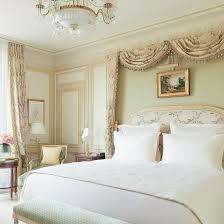 hotel et dans la chambre chambres et suites de luxe hôtel ritz 5 étoiles