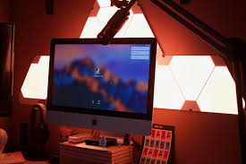 forget philips hue nanoleaf u0027s aurora made me love smart lighting