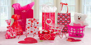 valentines day gifts for s day gift bags boxes wrap party city