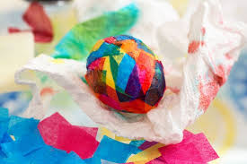Easter Decorations With Tissue Paper by 4 Crafty Ideas For Easter Egg Decorating Personal Creations Blog