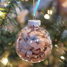 brown paper curl ornament tutorial