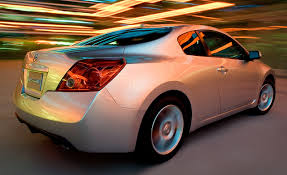 Nissan Altima V6 - 2009 nissan altima sedan and coupe u2013 review u2013 car and driver