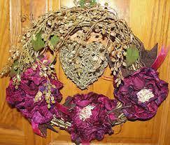 ship flowers gold heart 13 wreath valentines day vintage burgundy velvet roses