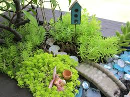 Mini Fairy Garden Ideas by Fairy Gardens Theroommom