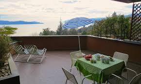 Location De Vacances Oggebbio Appartement Lola Vue Sur Location De Vacances Ghiffa Oggebbio