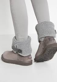 ugg womens shoes on sale ugg mini ii chestnut ugg shaina boots grey shoes uggs