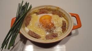 que cuisiner avec des oeufs œufs cocotte à l andouillette