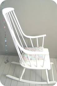 rocking chair chambre bébé rocking chair chambre bebe grand rocking chair blanc rocking chair