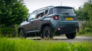 trailhawk jeep newmotoring the jeep renegade trailhawk is a proper jeep