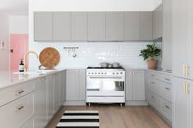 repeindre la cuisine comment peindre une cuisine en bois cheap cool affordable refaire