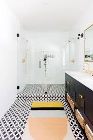 bathtubs impressive bathtub time in spanish 129 carthay square