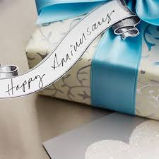 traditional 10th anniversary gift anniversary gifts by year hallmark ideas inspiration