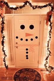 Christmas Decoration Ideas For Room by Best 25 Apartment Christmas Decorations Ideas On Pinterest