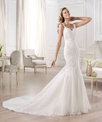 fishtail wedding dress gorgeous pronovias ombu low back fishtail lace ivory wedding dress