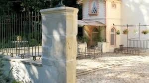 chambre d hote montelimar un élégant château à vendre avec ses chambres d hôtes à montélimar