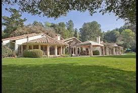 9 stunning single story mansions
