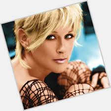 lori morgan hairstyles lorrie morgan official site for woman crush wednesday wcw
