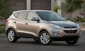 hyundai tucson 2010 hyundai tucson starts at 19 790 car and driver blog