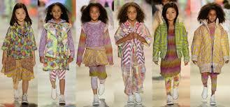 designer childrenswear oferte locuri de munca senior graphic designer childrenswear