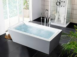 adorable white rectangular free standing luxury bathtub with